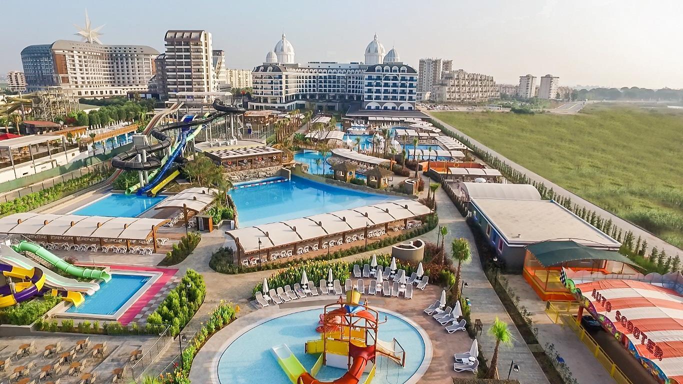 На фото отель Adalya Elite Lara Hotel 5*
