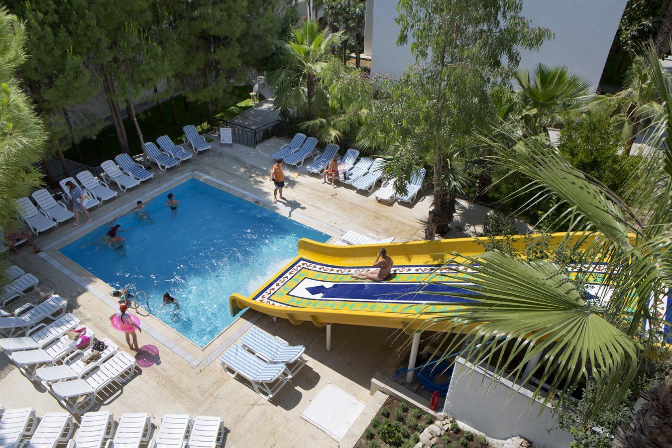 Развлечения отеля Larissa Beach Club 4*