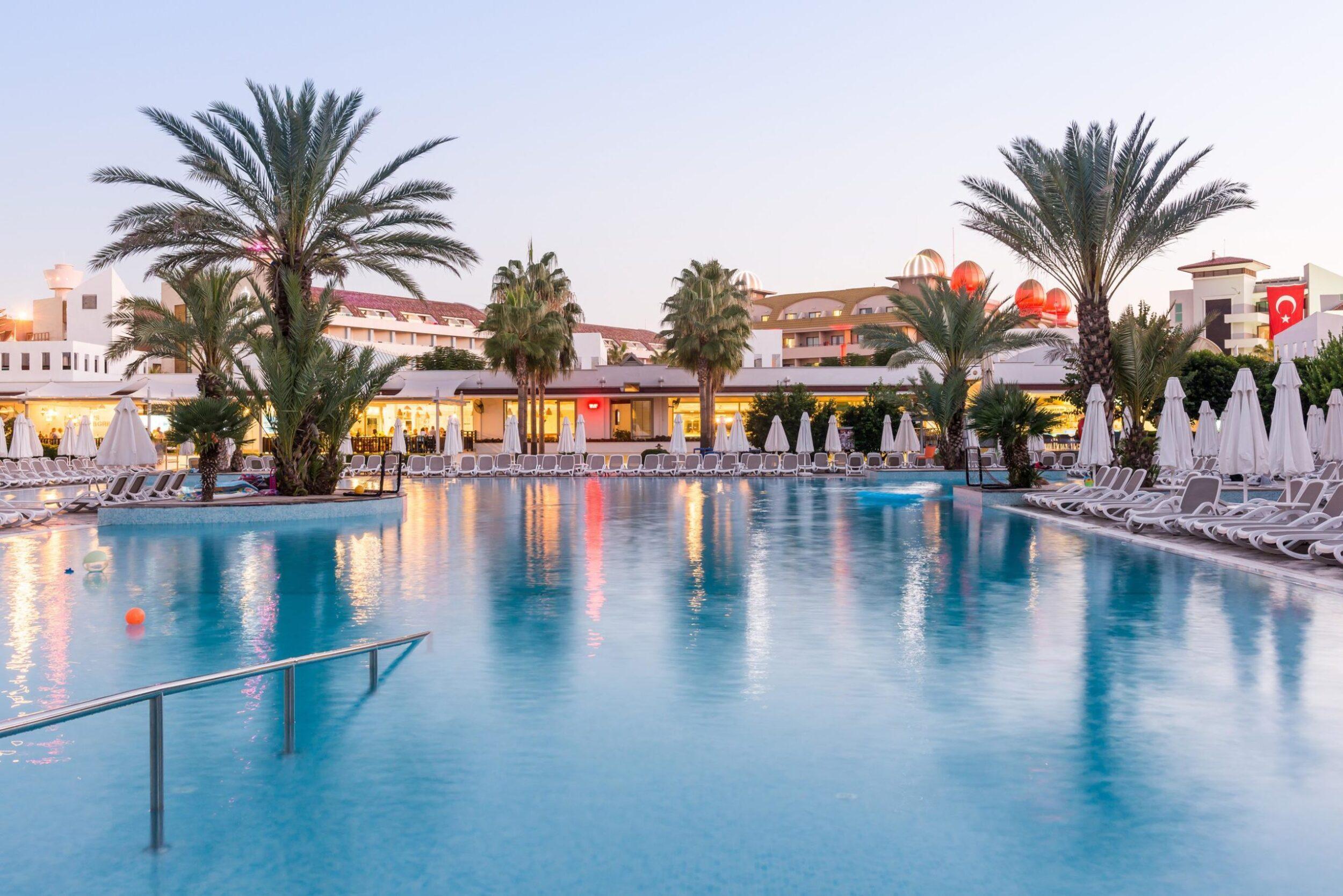На фото отель Barut B Suites 4*