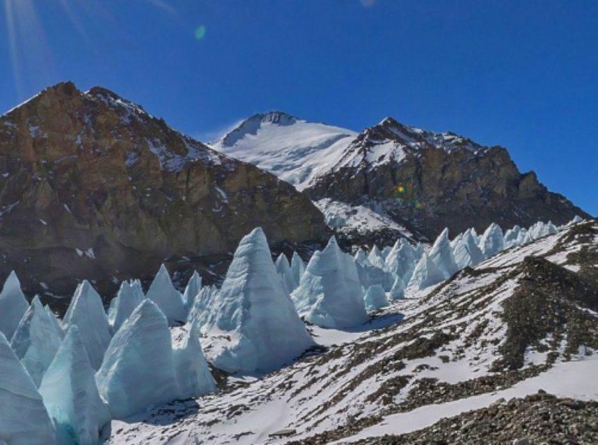 Гора Эверест: координаты и фото, что посмотреть и где находится ... | 639x859