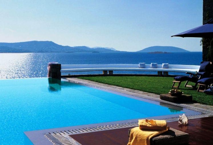 Фото отеля у моря