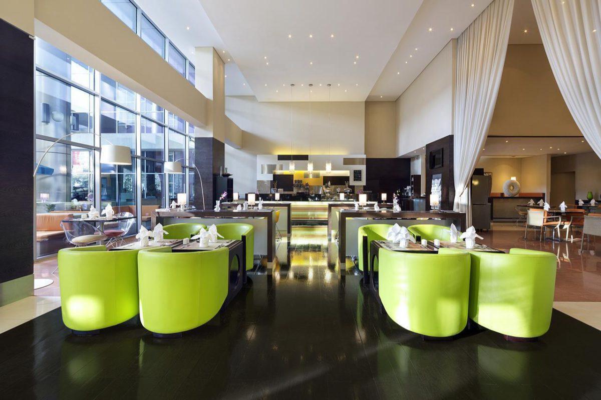 Отель Ibis Al Rigga