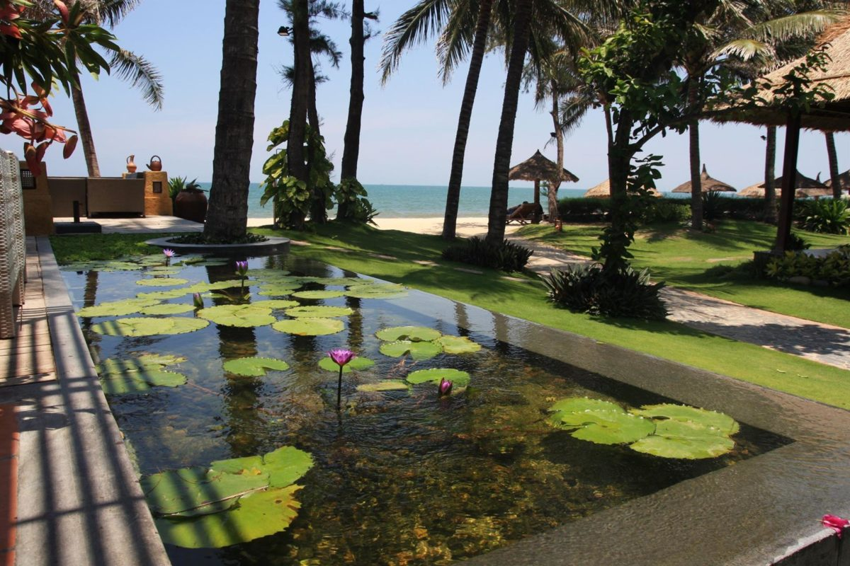 Фото Bamboo Village Beach Resort & Spa 4*