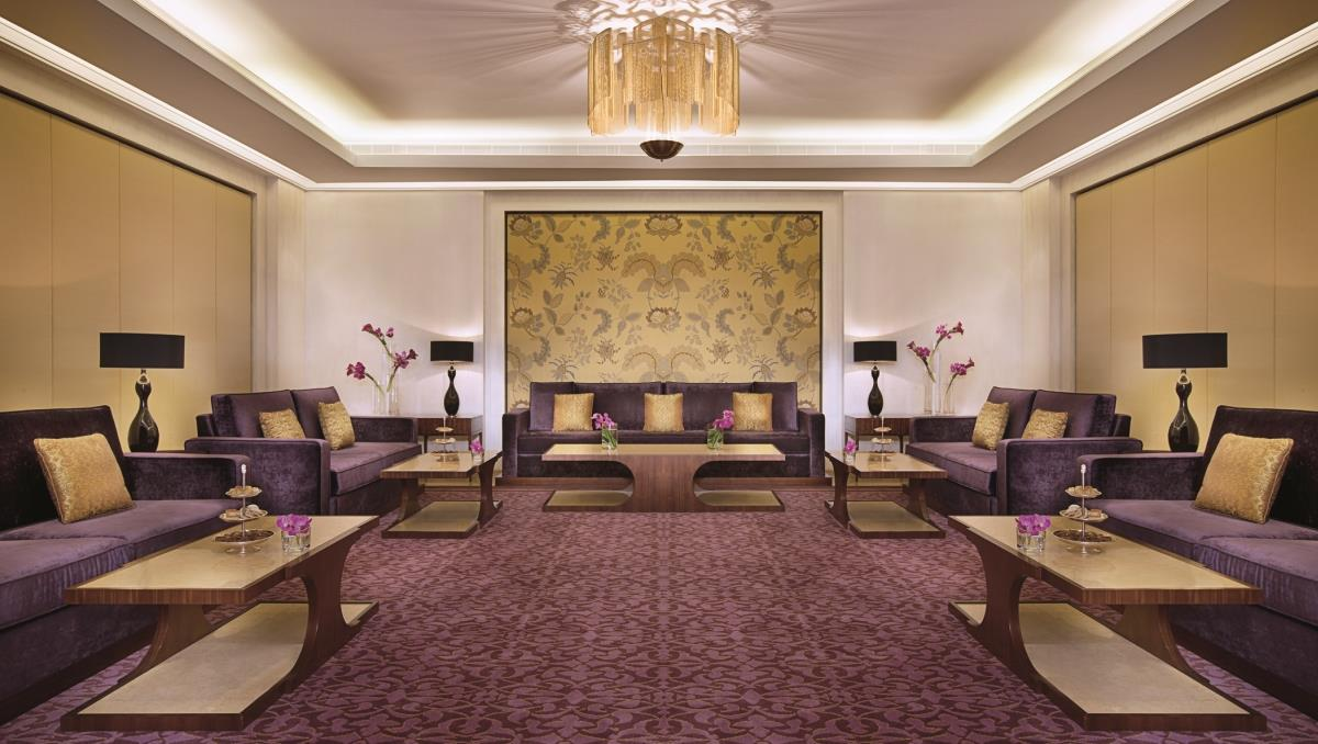 Отель The Ritz-Carlton Dubai