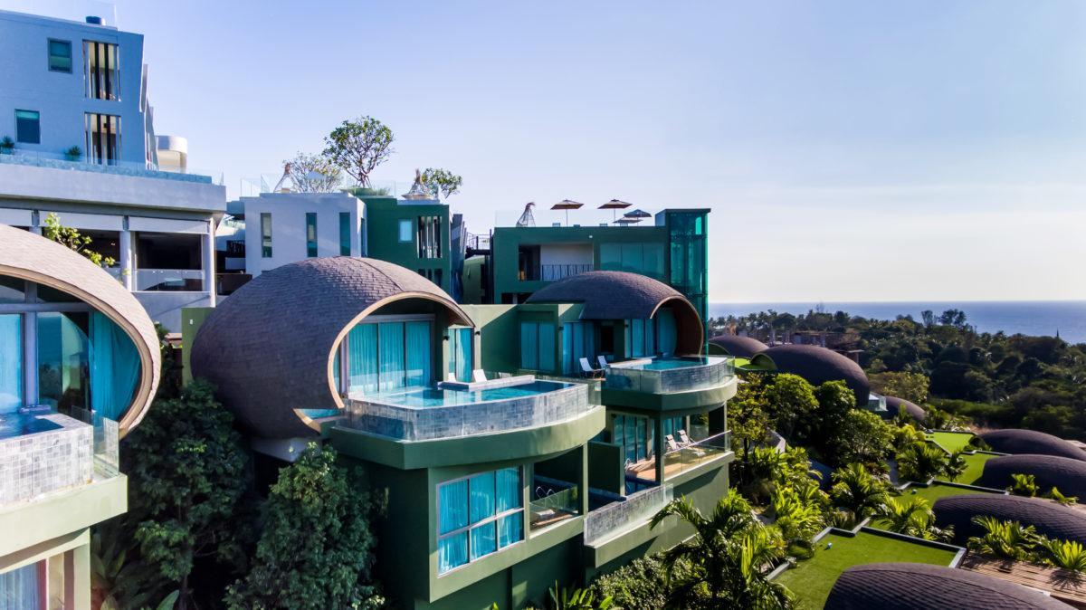 Фото Crest Resort & Pool Villas
