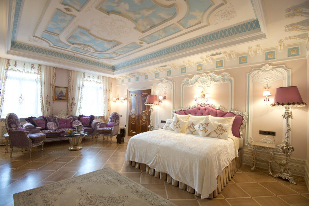 Комната в отеле Дворец Трезини