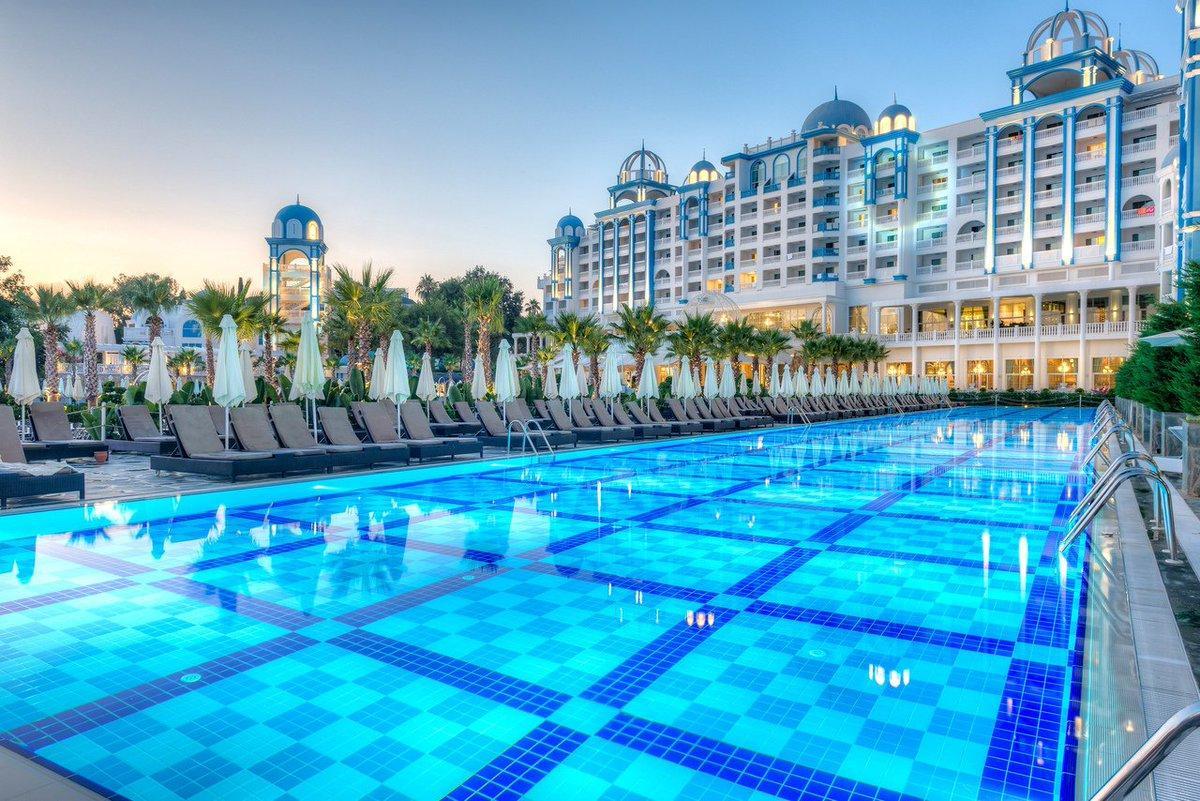 Фото Rubi Platinum Spa Resort & Suites 5*