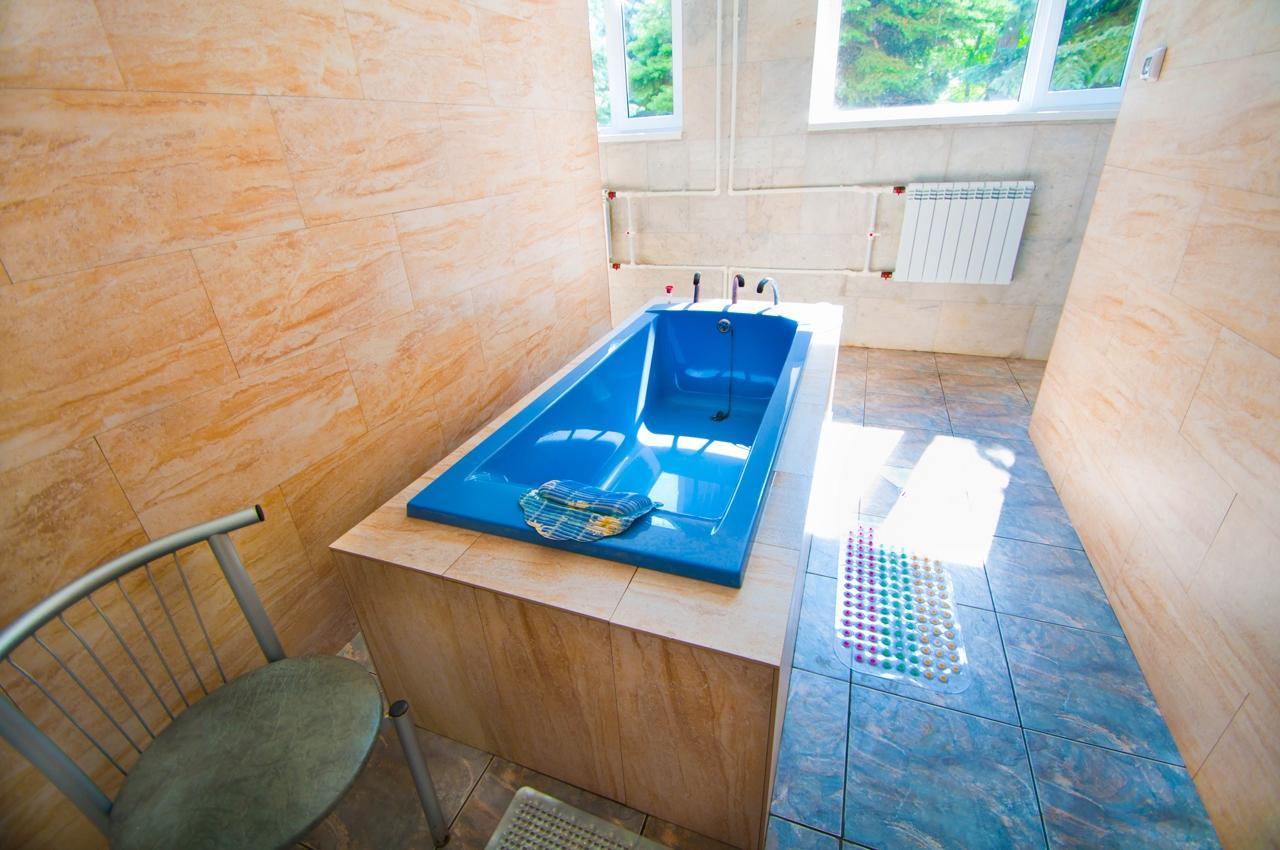 Фото ванны с минеральной водой