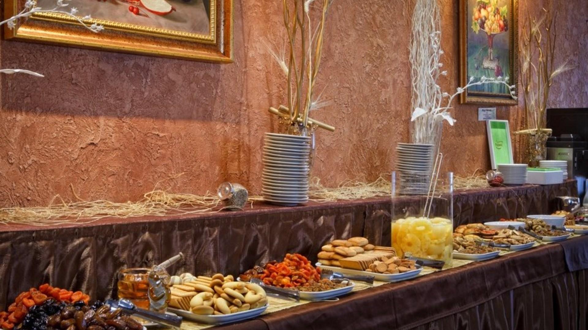 Фото еды в парк-отеля Солнечный