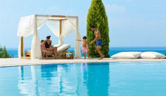 Лучшие отели Греции для семейного отдыха