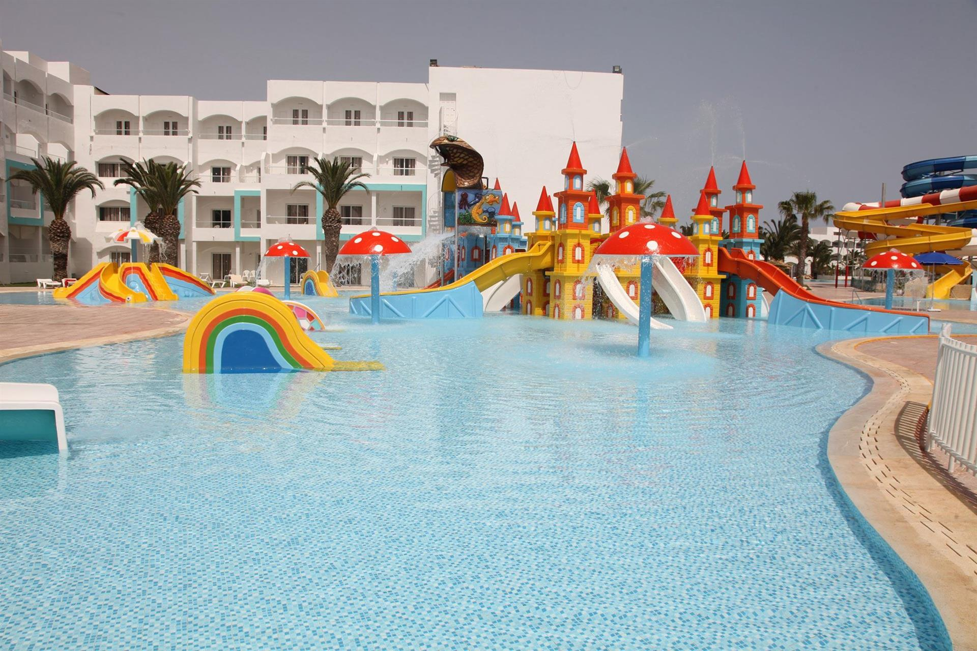 Инфраструктура отеля SplashWorld Venus Beach 4*