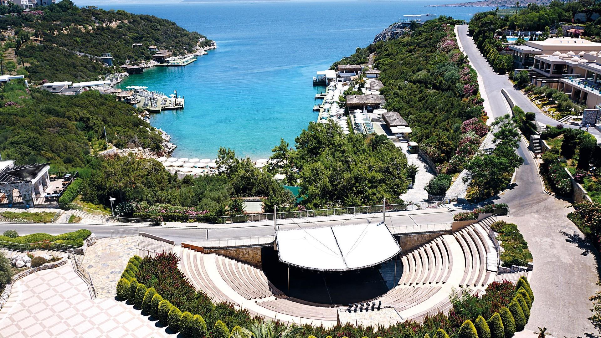 На фото отель Астения Bodrum Resort 5*