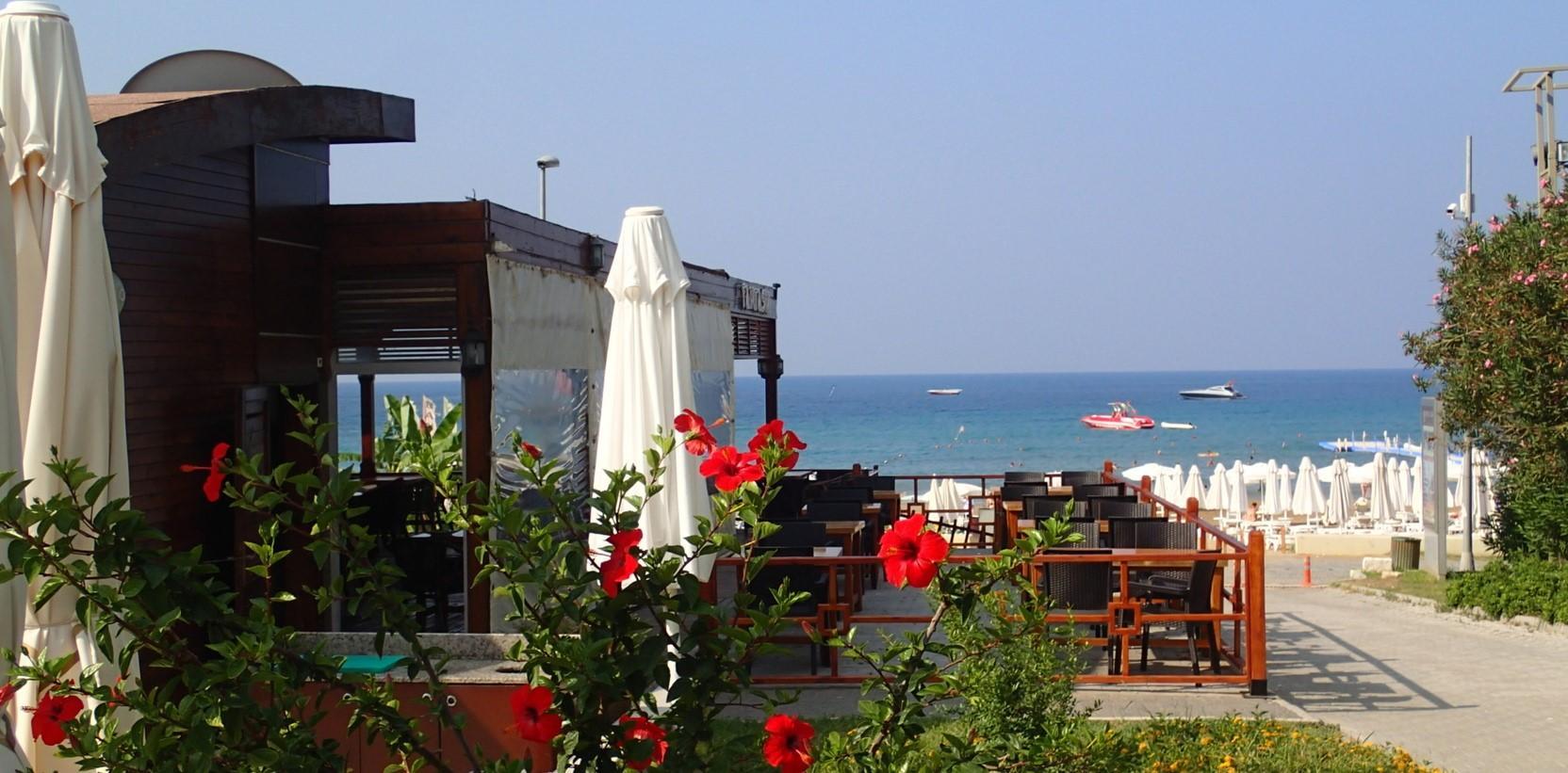 Пляж отеля Palm D'or Hotel 4*
