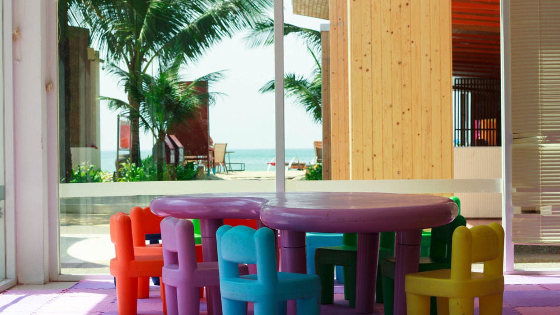 Фото игровой комнаты в Arinara Bangtao Resort