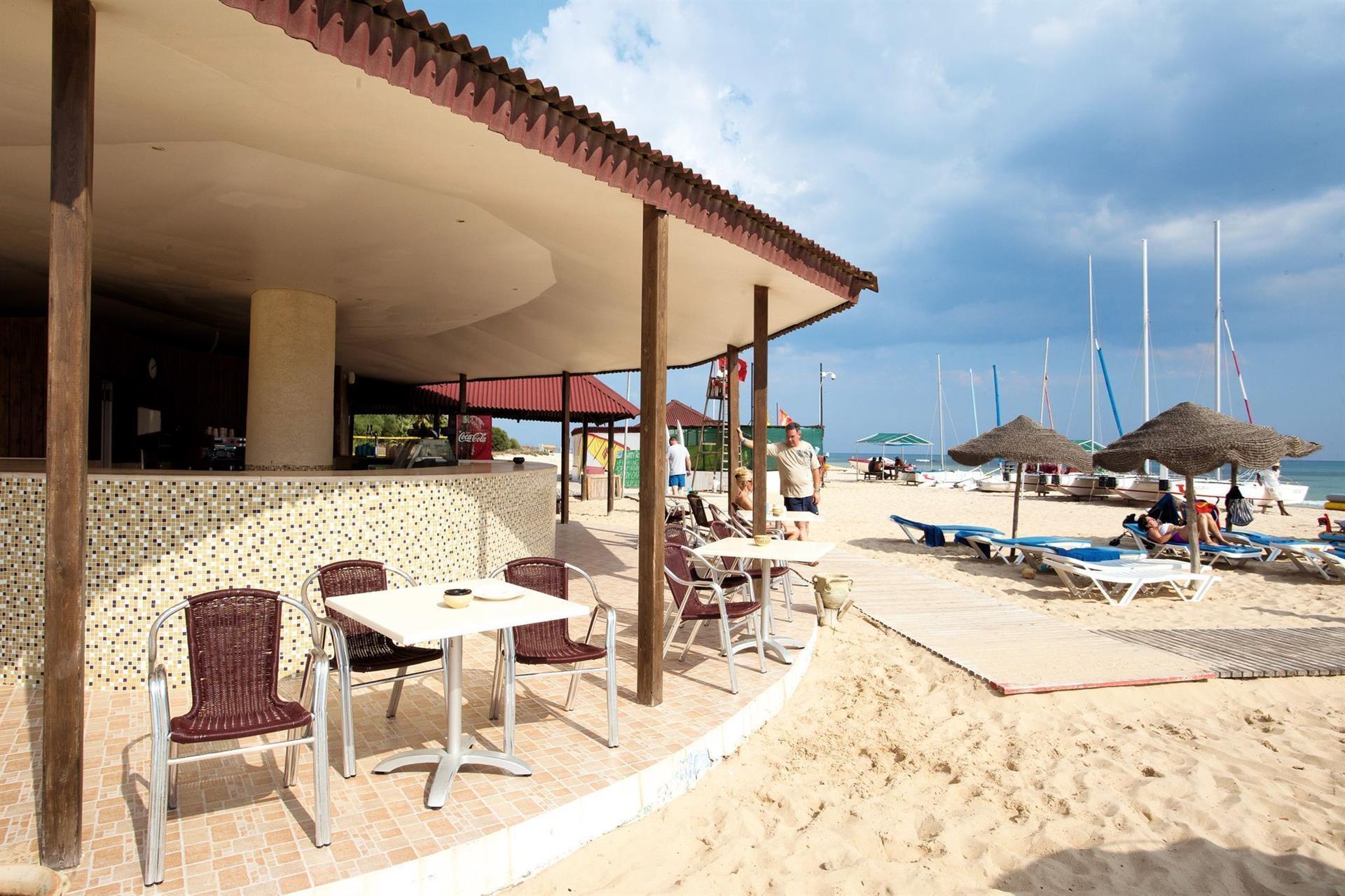 Отель Тунис