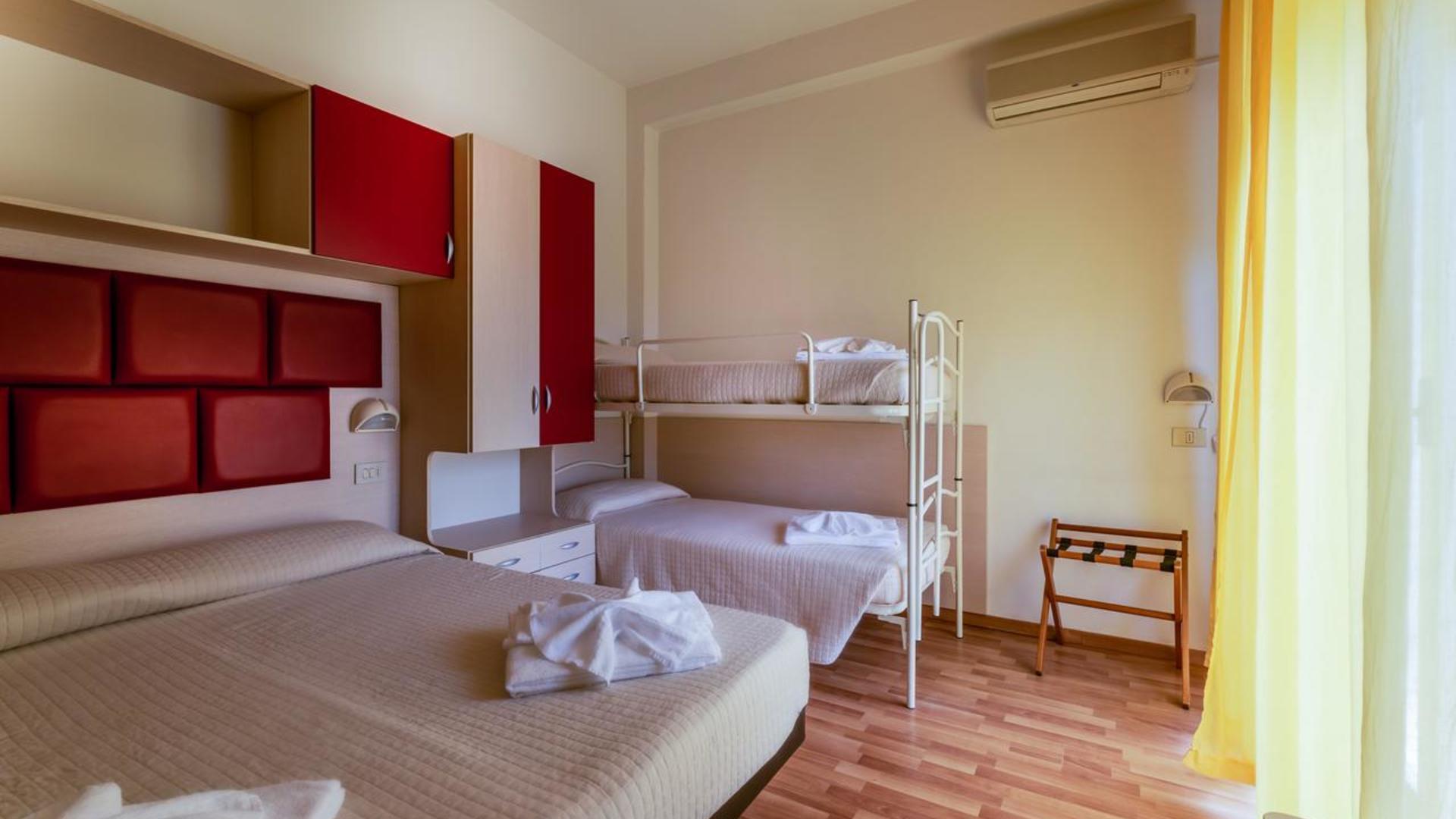 Фото Hotel Stresa