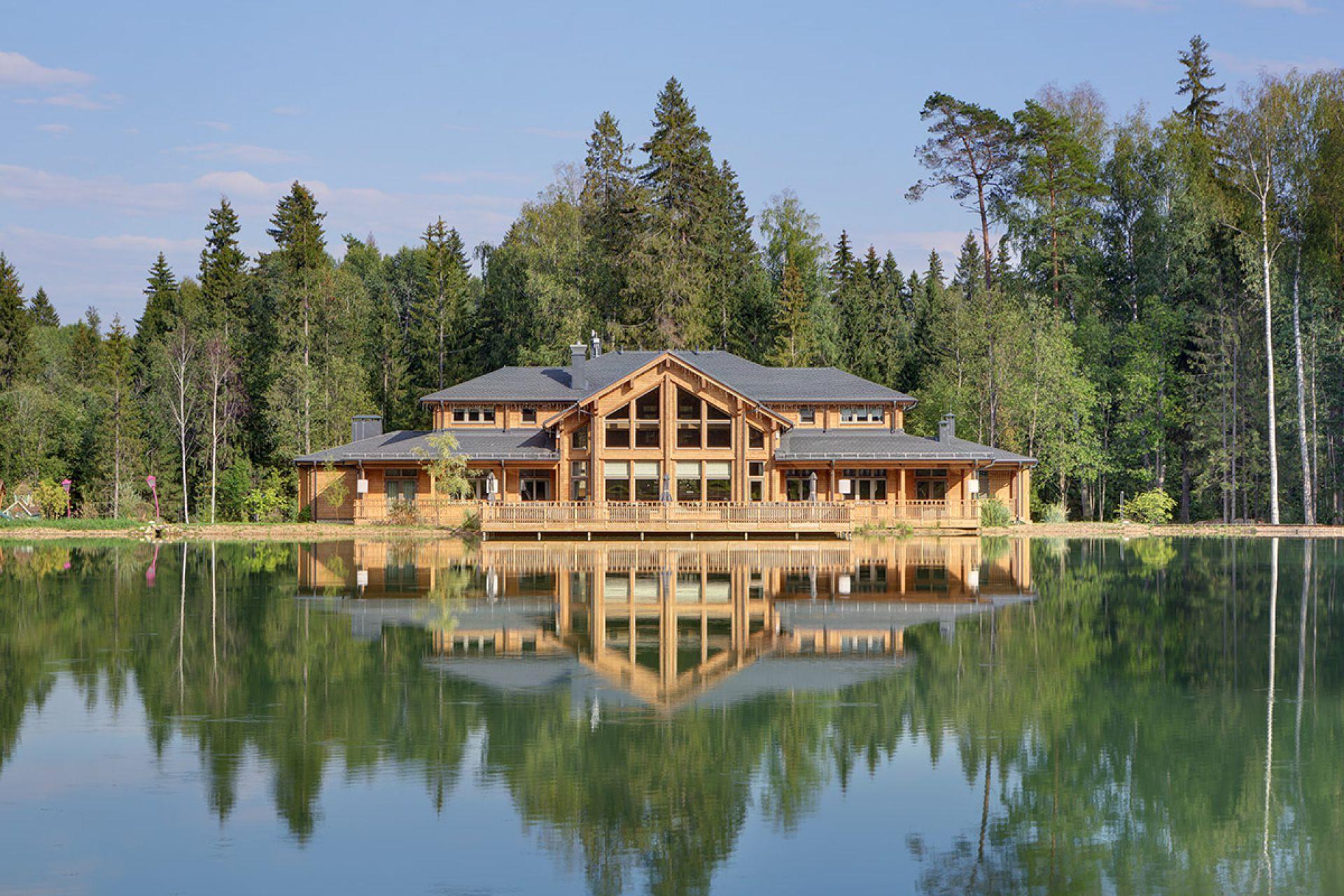 Отель Изумрудный лес