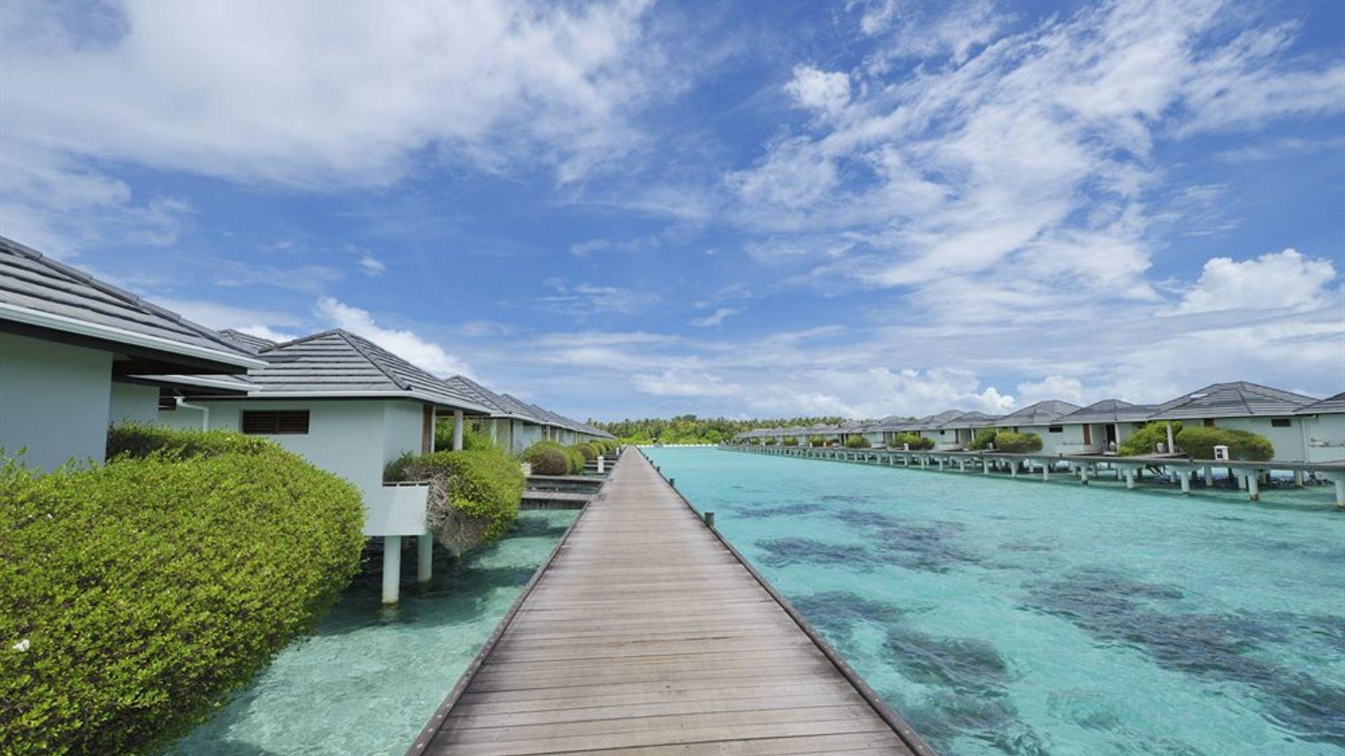 Фото территории Sun Island Resort & Spa